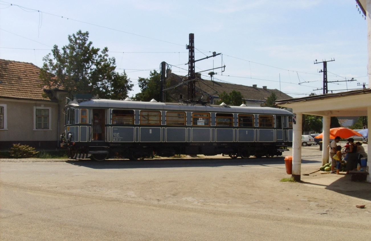 "The restored tramcar in 2009, one of the last years when people could travel to Ghioroc with it at ""Arad's Days"" Photo: Marta Felf?ldi"